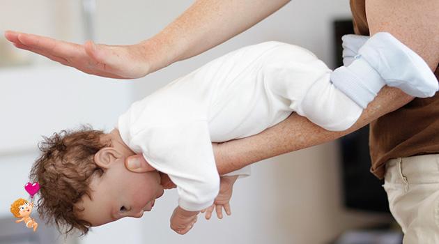 что делать если ребенок 1 год подавился