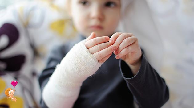 помощь ребенку при ожоге
