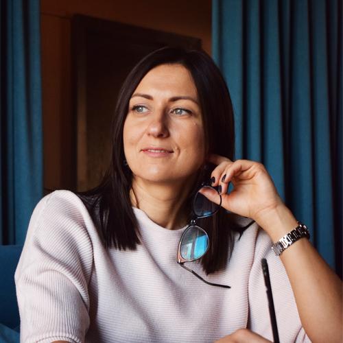 Инна Шабельникова - сертифицированный консультант по грудному вскармливанию, ведущий лектор МамЭксперт и мама троих детей